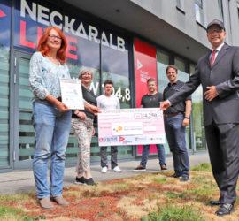 """Auszeichnung als Unternehmer des Jahres in der Region Reutlingen 2020 in der Kategorie """"Soziales und regionales Engagement"""" - Angelika Weckmann"""